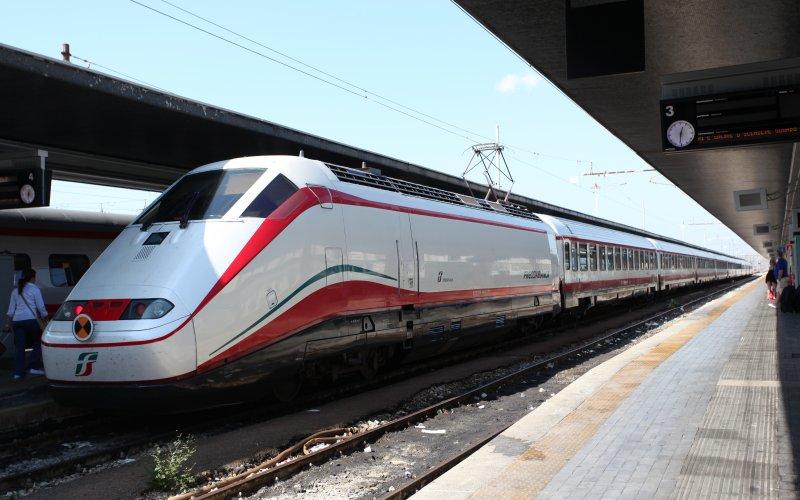 Trenitalia Frecciabianca