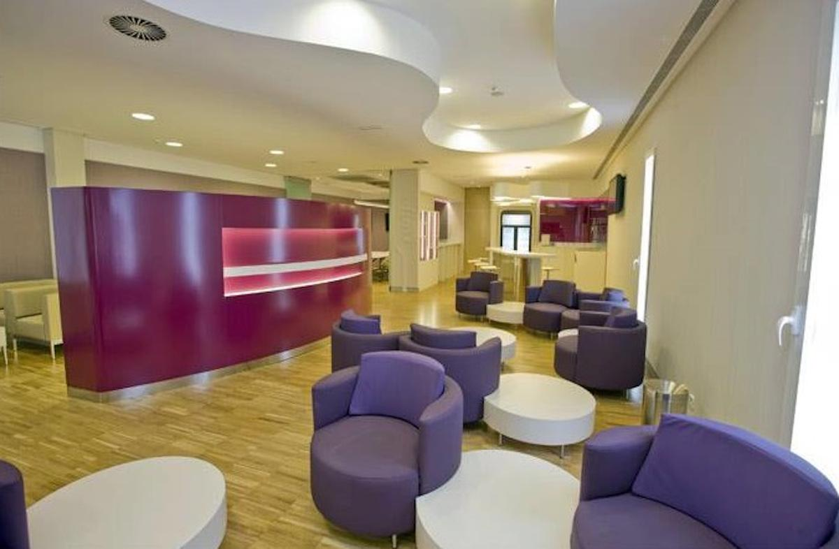 Renfe Sala club seating