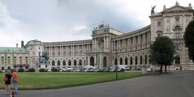New Castle (Neue Burg) of the Hofburg palace with National Library