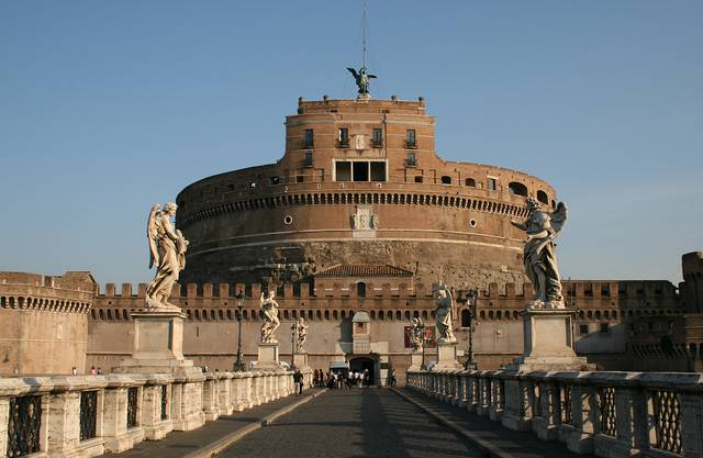 Castel Sant'Angelo and angel figure