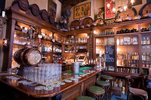 Bruin café in Amsterdam