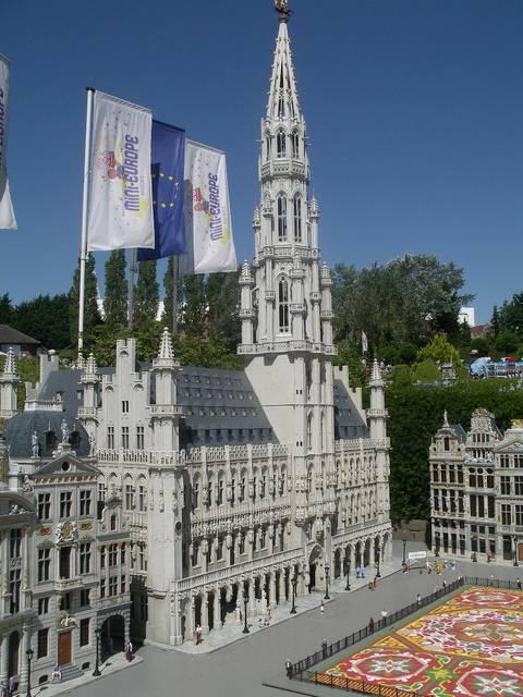 Scale replica of the city hall in Mini Europe