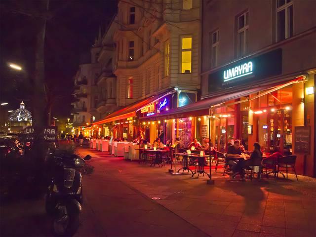シェーネベルクのノレンドルフプラッツとウィンターフェルトプラッツの間にあるレストラン