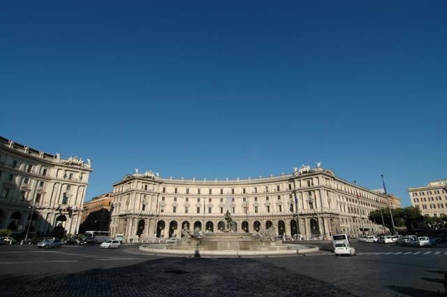 The lovely Piazza della Repubblica.