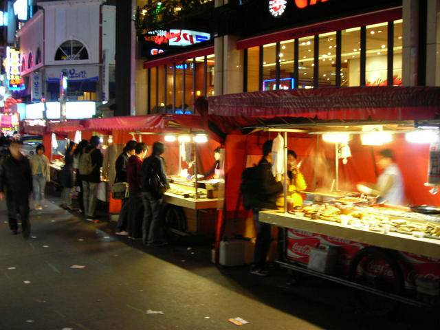 Vendors selling Korean fast food in Gangnam.